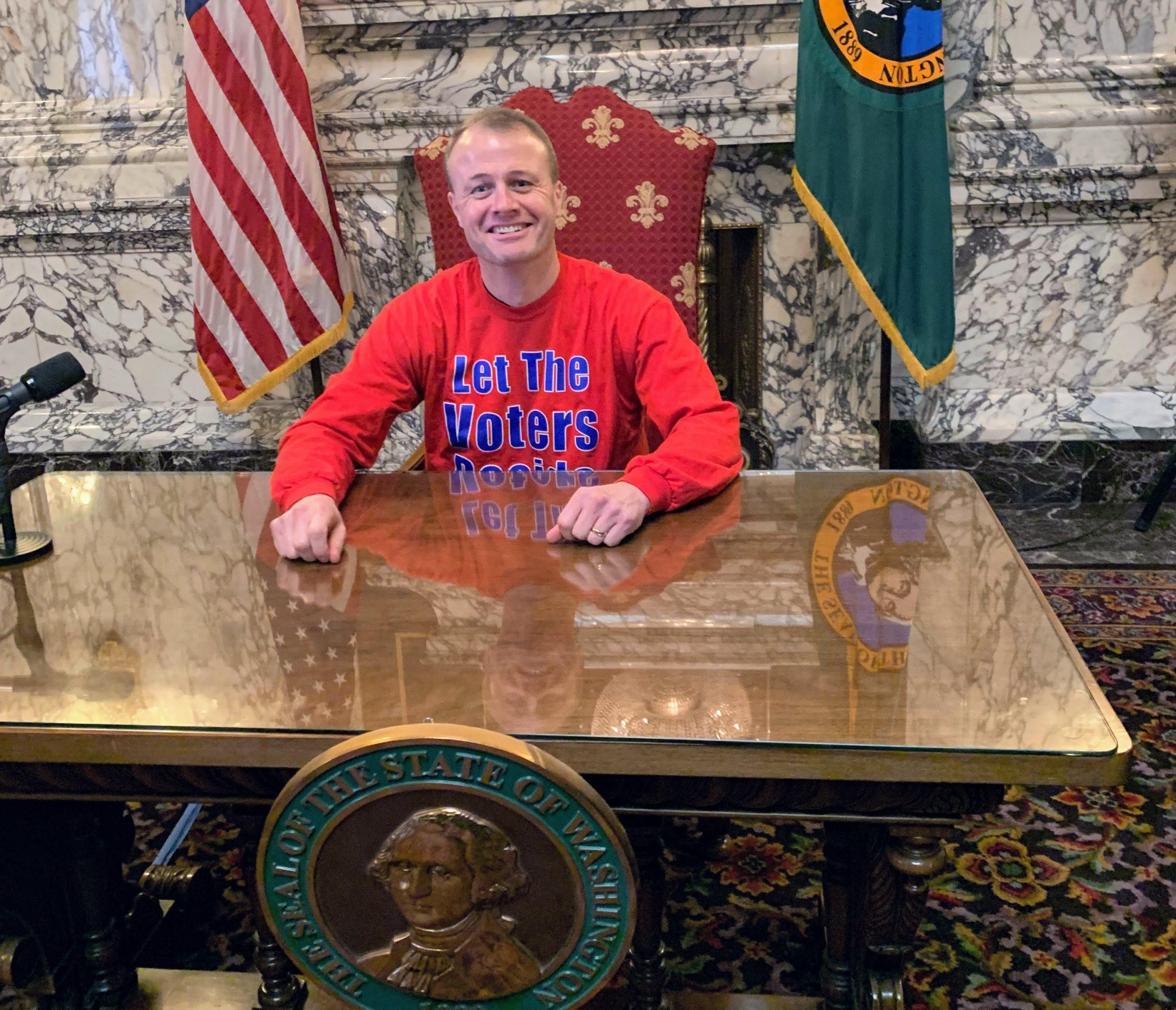 Tim Eyman pretends to be governor